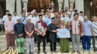 Rafli Salurkan Modal Wirausaha Berbasis Dayah di Aceh Jaya
