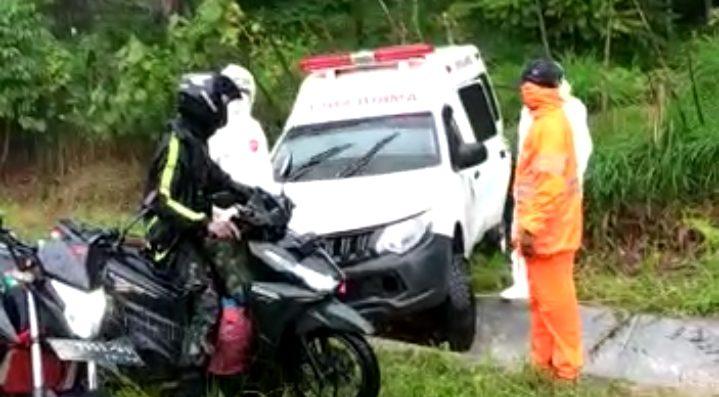 Mobil Ambulans Bawa Pasien Corona Asal Abdya Kecelakaan di Aceh Jaya