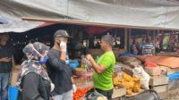 Relawan Pemuda Aceh Besar Melawan Covid-19 Bagi Masker Kepada Pedagang Dan Tukang Parkir 2