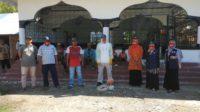 Cegah Covid-19, Keuchik Gampong Lam Trieng Kerjasama Dengan PMI Aceh Besar Lakukan Desinfektan