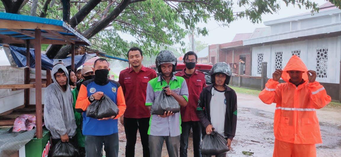 Ramadhan di Tengah Pandemi, Prodi PBI UIN Ar Raniry dan EDSA Kembali Salurkan Donasi 1