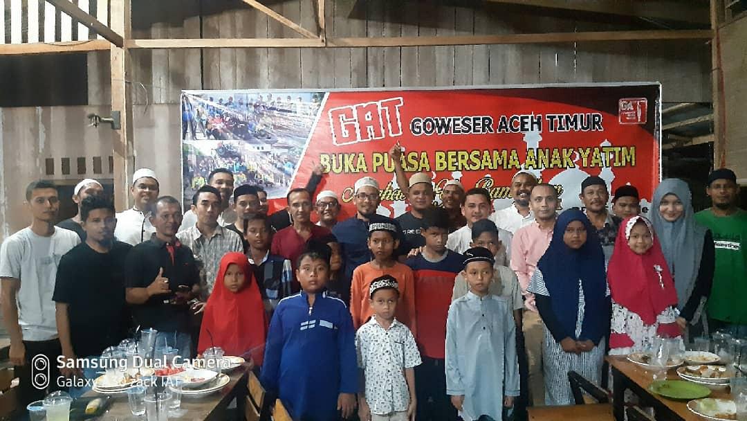 Indahnya Berbagi, Goweser Aceh Timur Dengan Anak Yatim Idi Rayeuk 1