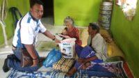 Peduli Penderita Kanker di Bulan Ramadhan, Senator Fachrul Razi Bersama PPWI Bantu Nek Aisyah 4