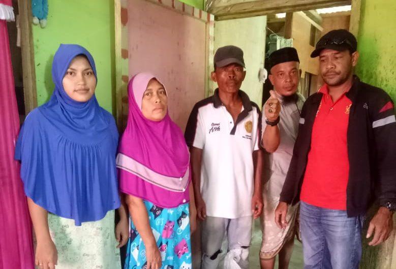 Senator Fachrul Razi Berikan Bantuan Kepada Keluarga Mantan Kombatan di Sagoe 05 Idi Rayeuk