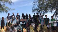 EDSA Kolaborasi dengan Kophi Aceh dan Zero Waste Bersihkan Pantai Ulee Lheue