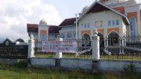 """Heboh, Kantor Bupati Aceh Utara di Pasang Spanduk Bertulisan """" Bang Toyib """" 2"""