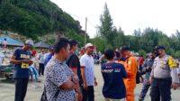 Anggota DPRA Komisi V Bersama Tim SAR Mencari Korban Tenggelam Di Pantai Riting