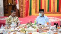 Plt Gubernur Jamu Makan Siang Mantan Wakasad